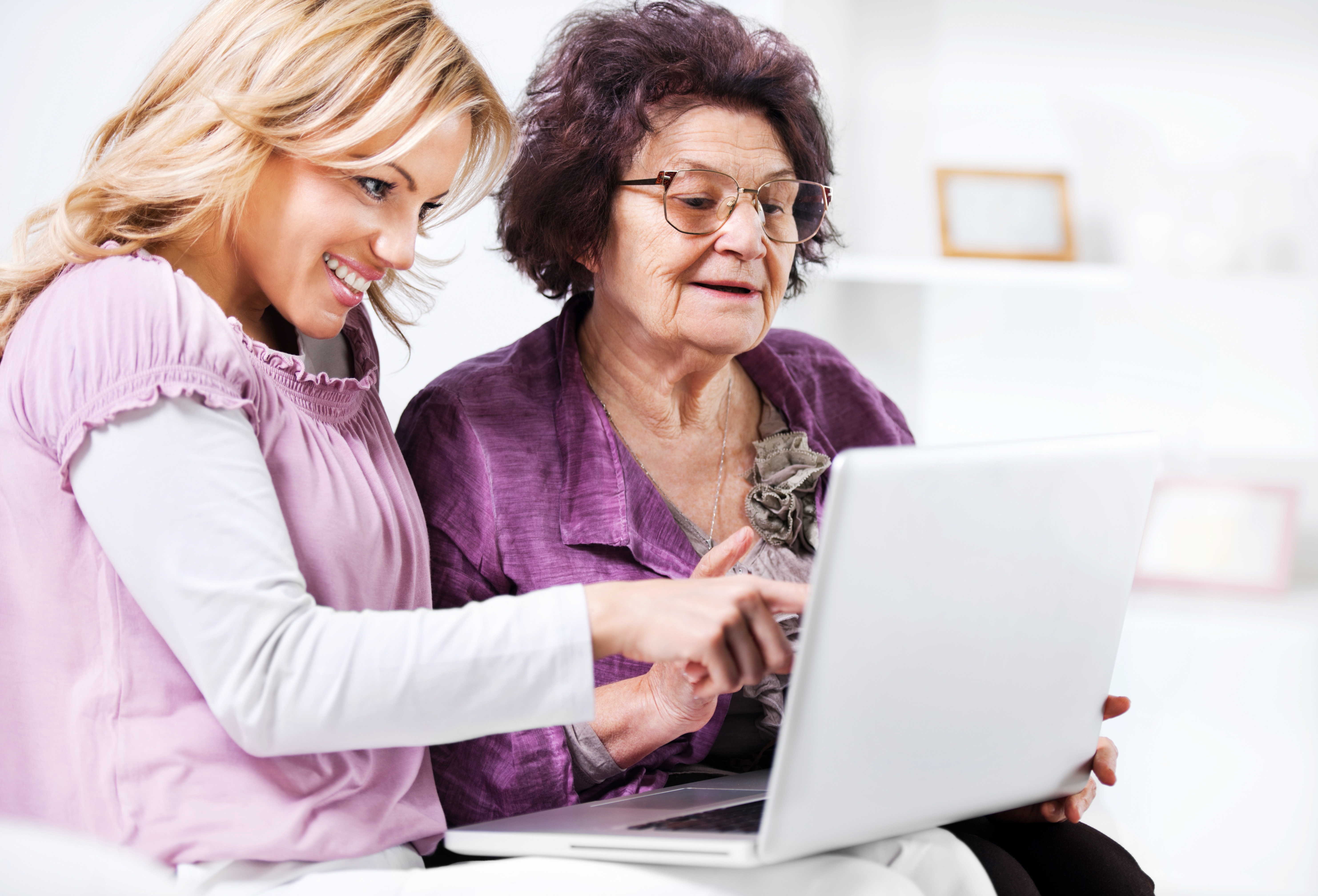Top Tools for Caregivers:43 Blogs, Tech Systems and Medication Management Tools to Simplify Your Life