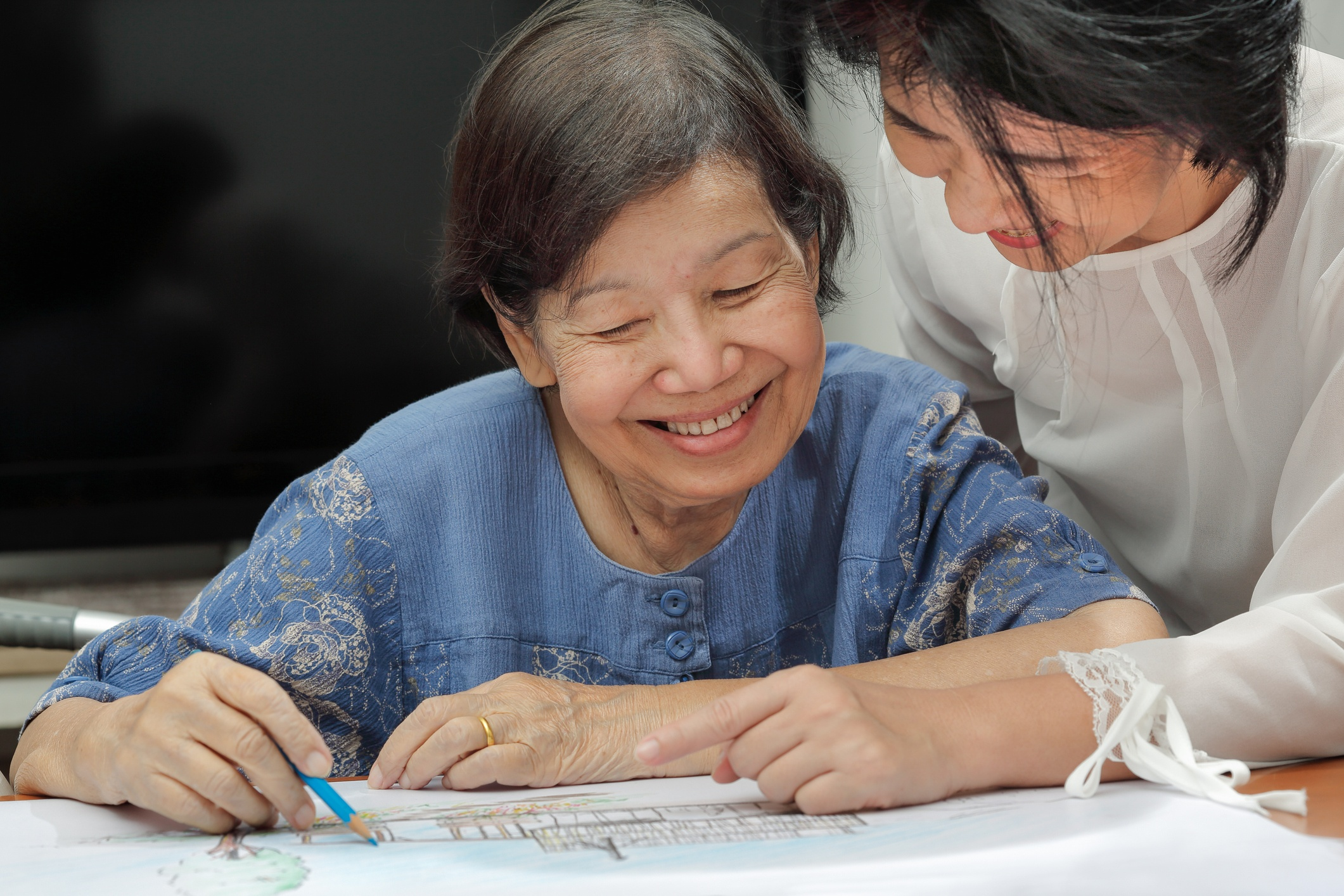 Memory Care Activities: Stimulating Activities for Alzheimer's Patients